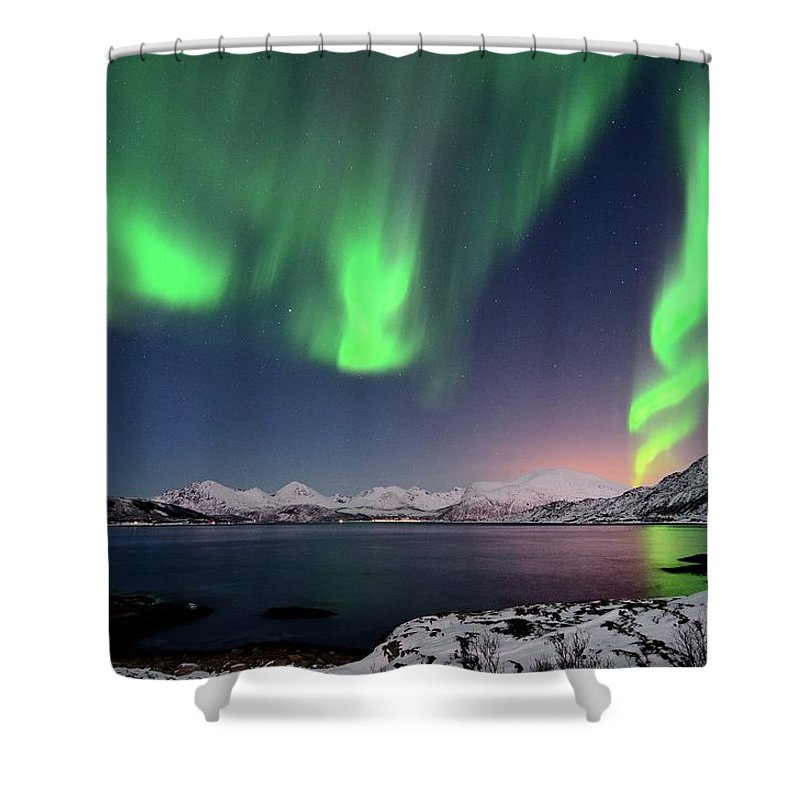 Tranquility Shower Curtain featuring the photograph Northern Lights And Moonlit Landscape by John Hemmingsen