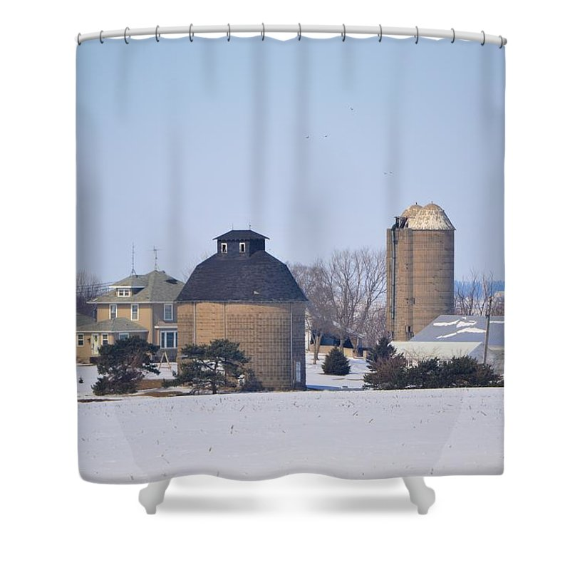 Barn Shower Curtain featuring the photograph Old Farm by Bonfire Photography