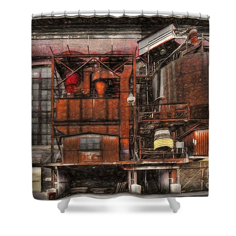 Old Kansas City Factory Building Shower Curtain featuring the photograph Old Kansas City Factory Building by Liane Wright