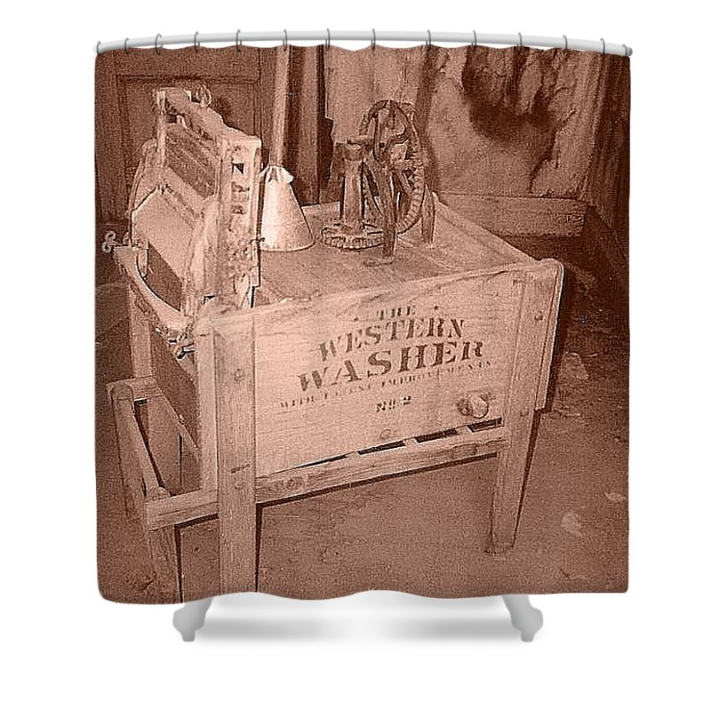 Old Washer Shower Curtain featuring the photograph Old Washer by Lorna Hooper