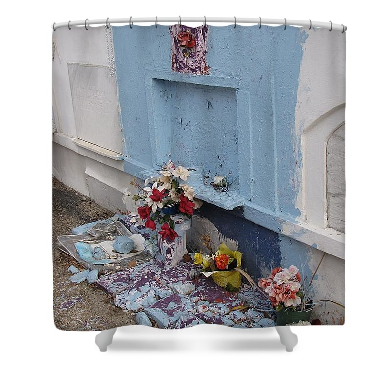 Grave Shower Curtain featuring the photograph Only In New Orleans by Beth Vincent