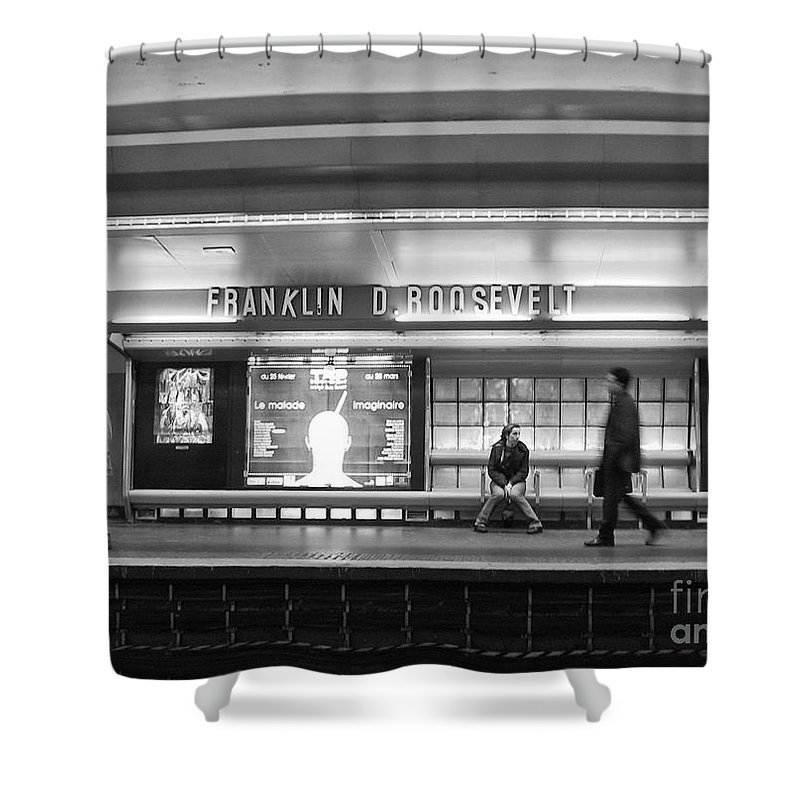 Paris Shower Curtain featuring the photograph Paris Metro - Franklin Roosevelt Station by Thomas Marchessault