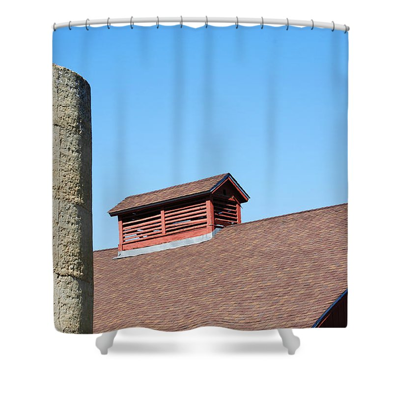 Barn Shower Curtain featuring the photograph Perfect Americana by Marilyn Hunt