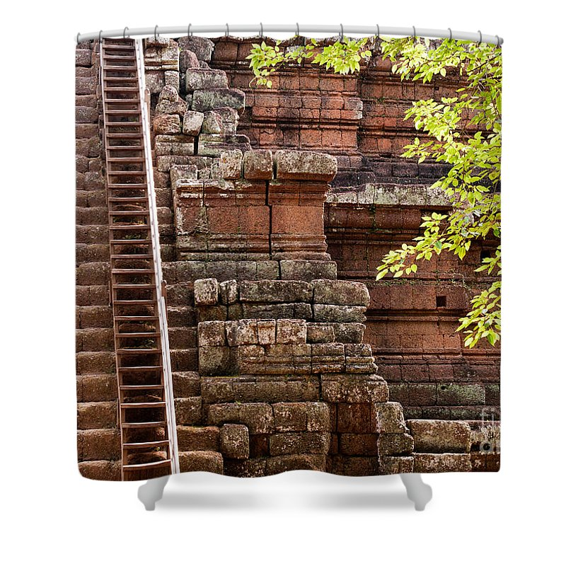 Phimeanakas Shower Curtain featuring the photograph Phimeanakas Temple Steps by Rick Piper Photography