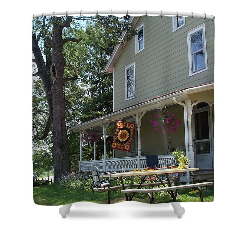 Pennsylvania Shower Curtain featuring the photograph Pretty In Pennsylvania by Barbara McDevitt