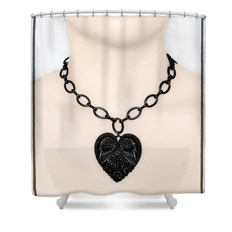 Heart Shower Curtain featuring the photograph Queen Of Hearts by Evelina Kremsdorf
