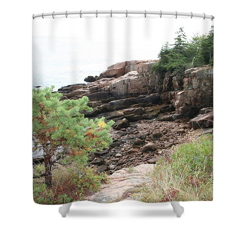Red Cliffs Shower Curtain featuring the photograph Red Cliffs Of Acadia by Christiane Schulze Art And Photography