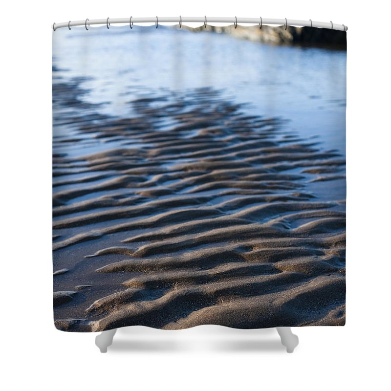 Autumn Shower Curtain featuring the photograph Ripples In The Sand by Anne Gilbert