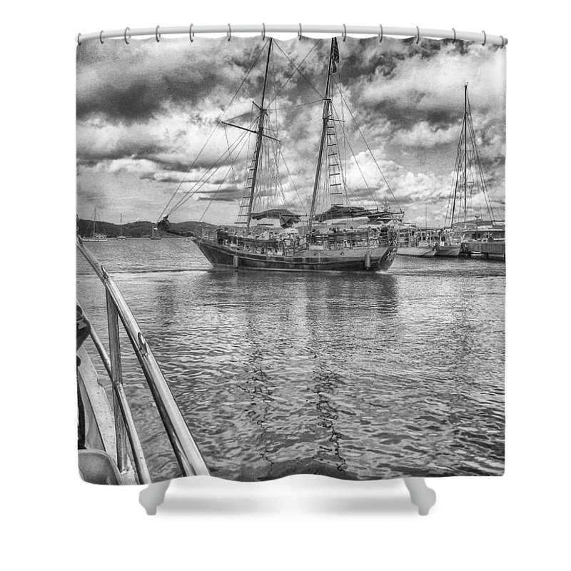 Seascape Photography Shower Curtain featuring the photograph Setting Sail by Howard Salmon