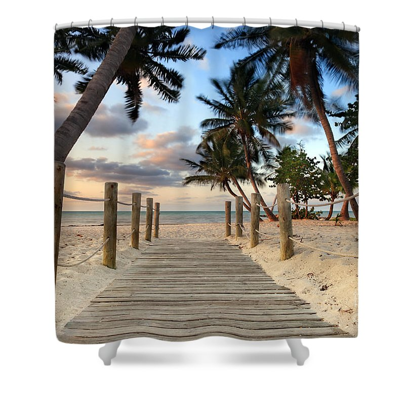 Smathers Beach Shower Curtain featuring the photograph Smathers Beach 2 by Rod McLean
