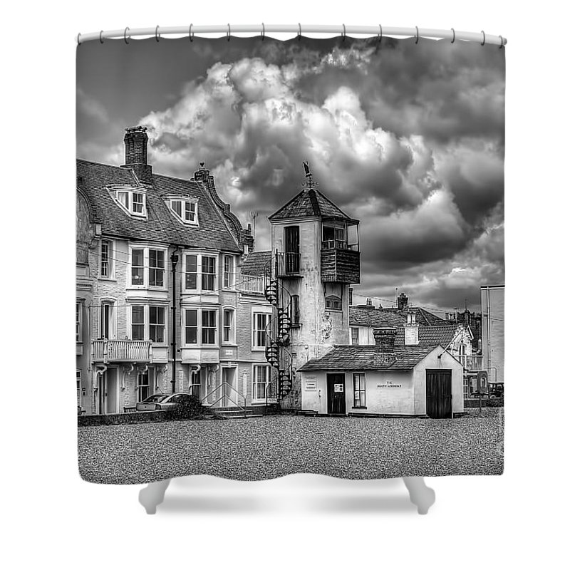 Aldeburgh Canvas Shower Curtain featuring the photograph South Lookout Tower Aldeburgh Black And White by Chris Thaxter