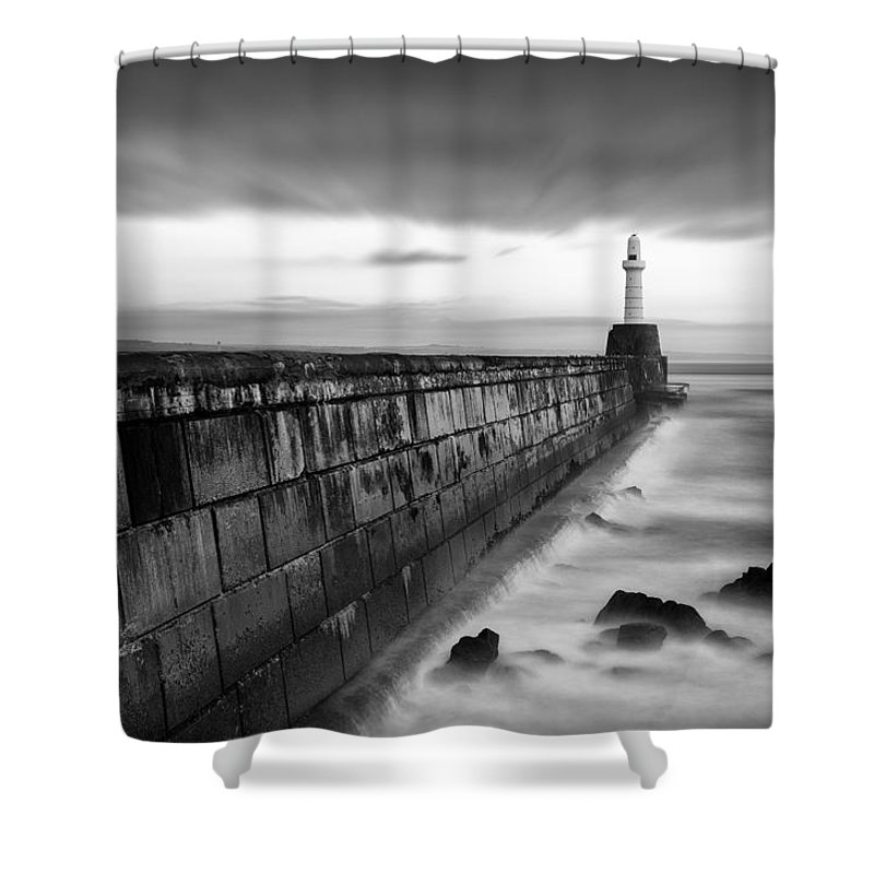 Aberdeen Shower Curtain Featuring The Photograph South Pier 1 By Dave Bowman