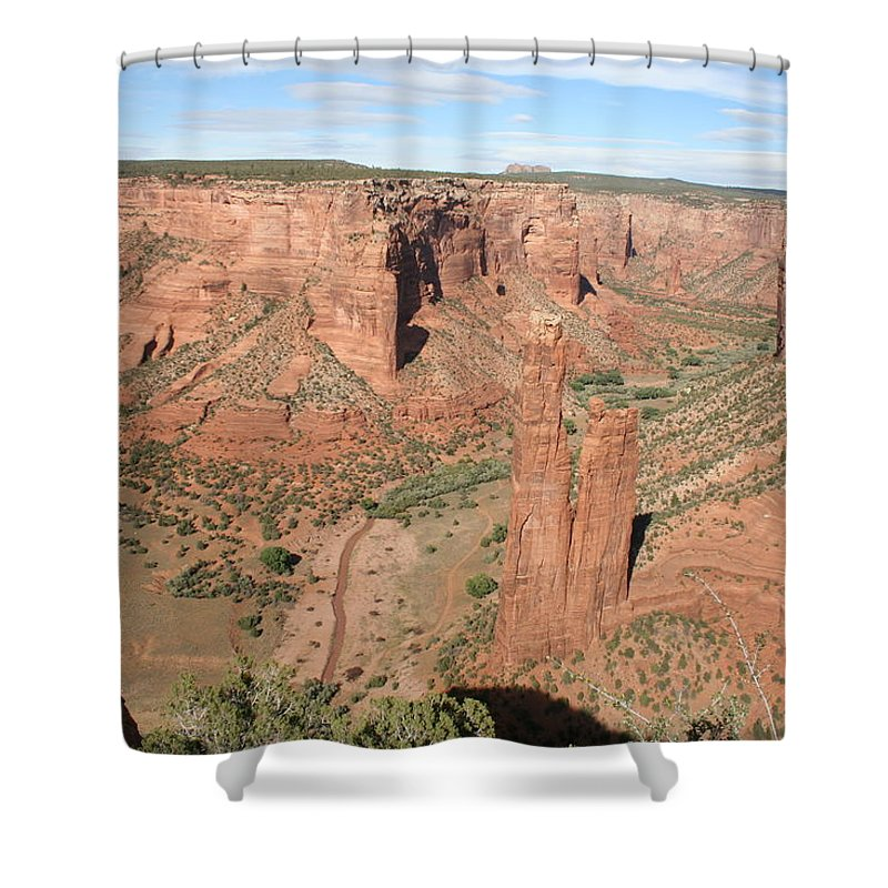 Spider Rock Shower Curtain featuring the photograph Spider Rock Canyon de Chelly by Christiane Schulze Art And Photography