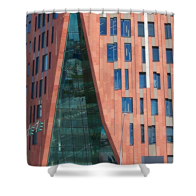 Architectural Shower Curtain featuring the photograph Sumatrakontor Portal Hafencity by Jannis Werner