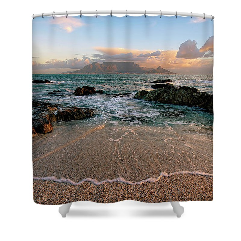 Tranquility Shower Curtain featuring the photograph Table Mountain Wave Fan by Paul Bruins Photography