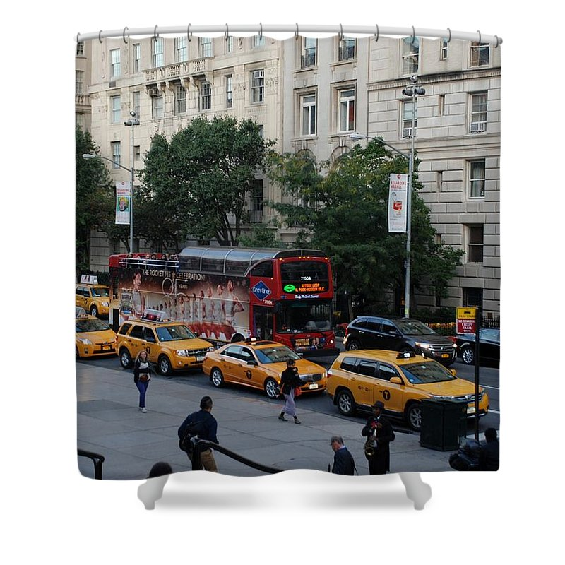 Scenic Shower Curtain featuring the photograph Taxi Stand by Rob Hans