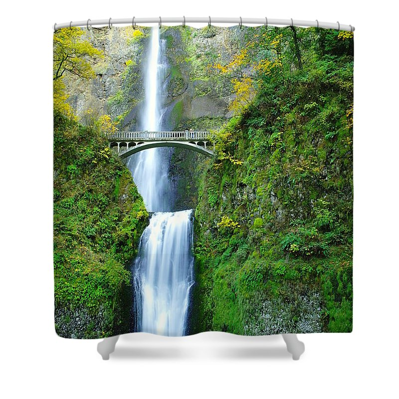 Waterfalls Shower Curtain featuring the photograph The Beauty Of Multnomah Falls by Jeff Swan