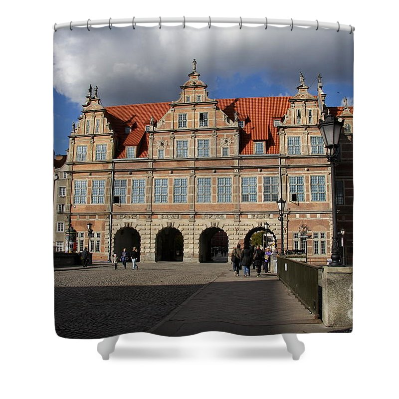 Green Gate Shower Curtain featuring the photograph The Green Gate - Gdansk by Christiane Schulze Art And Photography