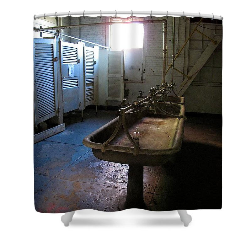 Tampa Shower Curtain featuring the photograph The Heights 5 by David Beebe