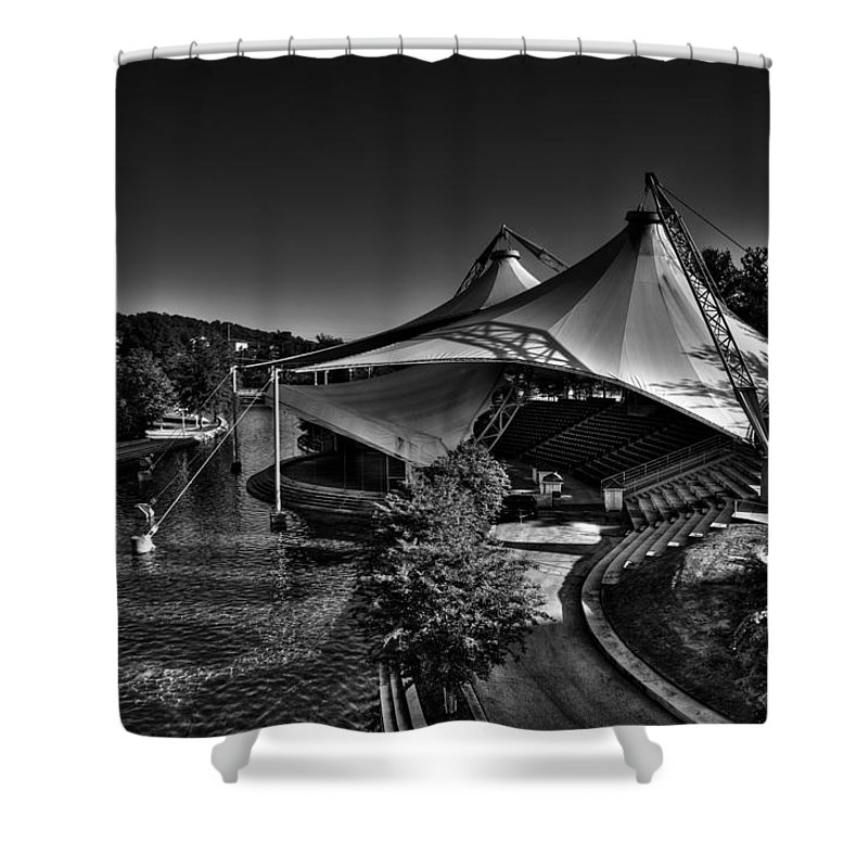 The Tennessee Amphitheater Shower Curtain featuring the photograph The Tennessee Amphitheater by David Patterson