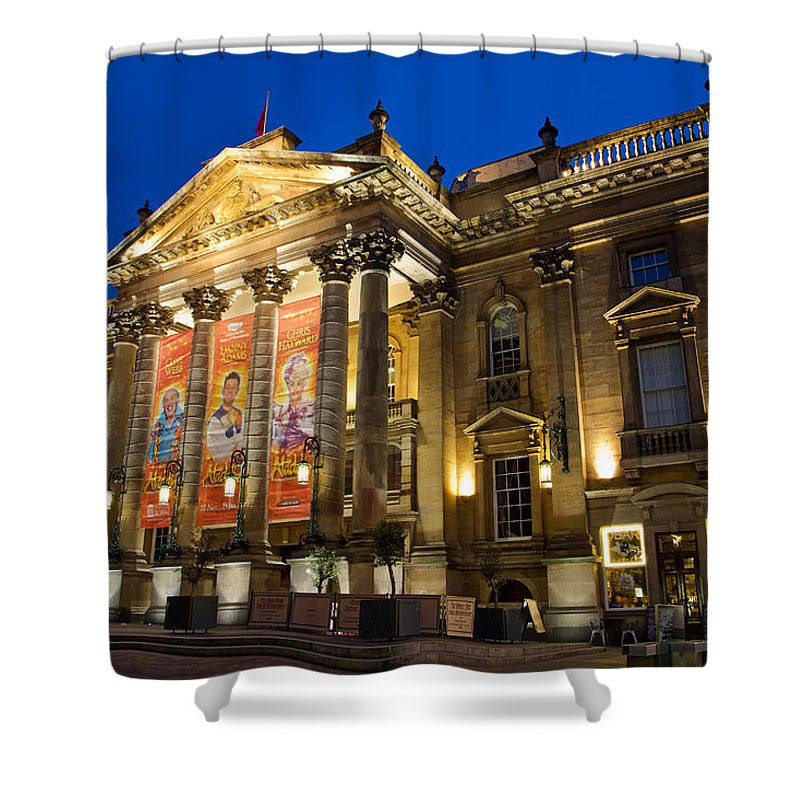 Theatre Royal Shower Curtain featuring the photograph Theatre Royal by David Pringle