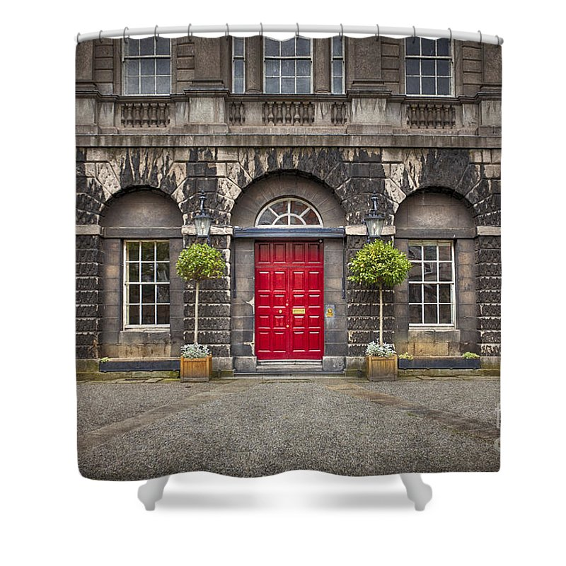 Dublin Shower Curtain featuring the photograph Time After Time by Evelina Kremsdorf