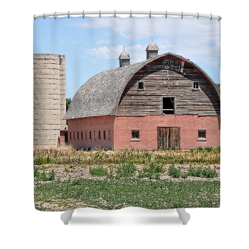 Barn Shower Curtain featuring the photograph Tremonton Barn by Image Takers Photography LLC - Laura Morgan