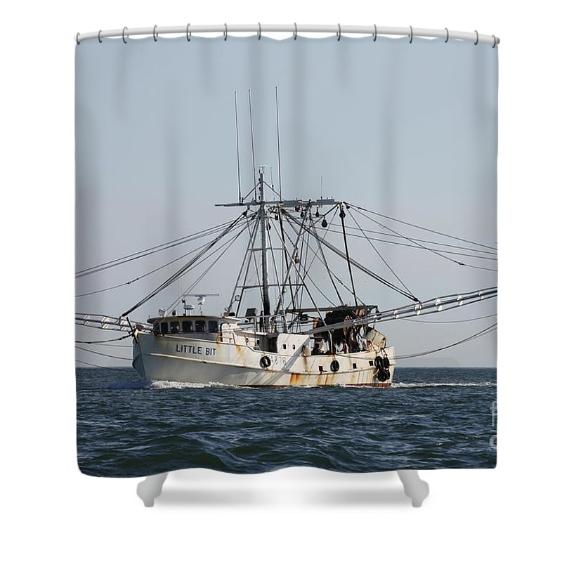Troller To Port Shower Curtain featuring the photograph Troller To Port by John Telfer