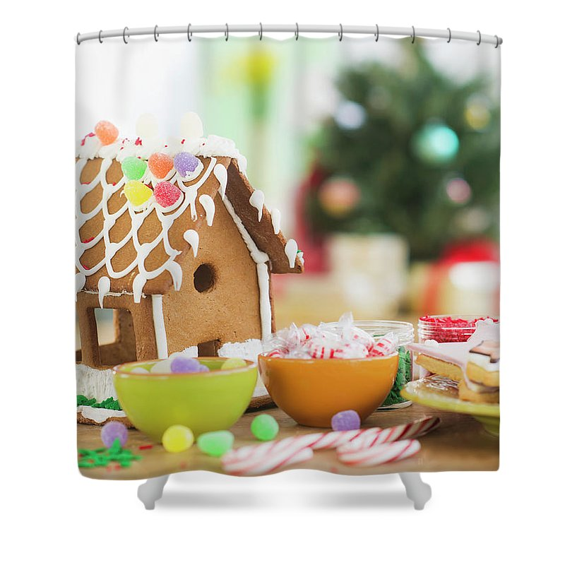 Christmas Ornament Shower Curtain featuring the photograph Usa, New Jersey, Jersey City by Tetra Images - Daniel Grill