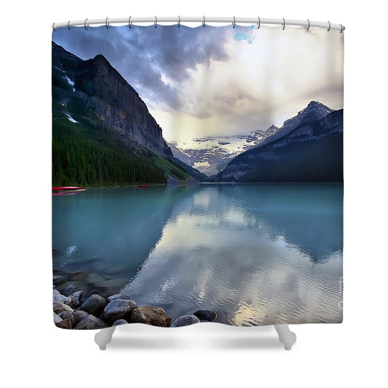 Lake Louise Shower Curtain featuring the photograph Waiting For Sunrise At Lake Louise by Teresa Zieba