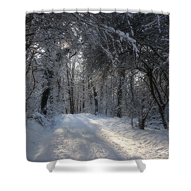 Winter Shower Curtain featuring the photograph Walkway In Black And White by Christiane Schulze Art And Photography