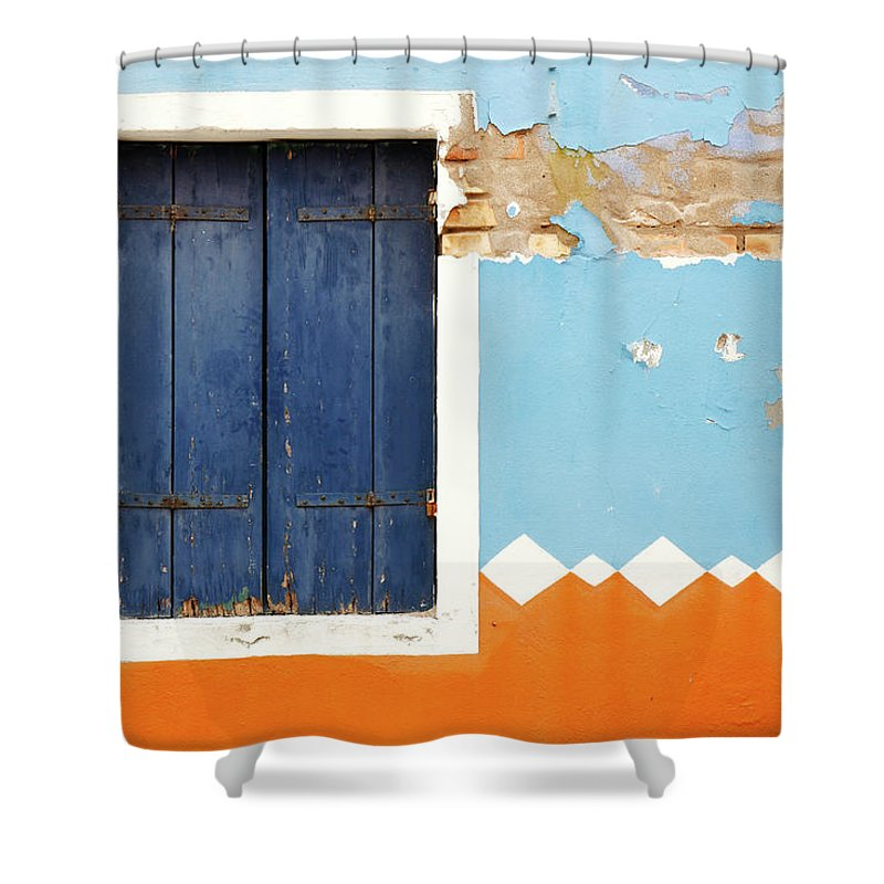 Orange Color Shower Curtain featuring the photograph Weathered Decorated Facade With Window by Bremecr