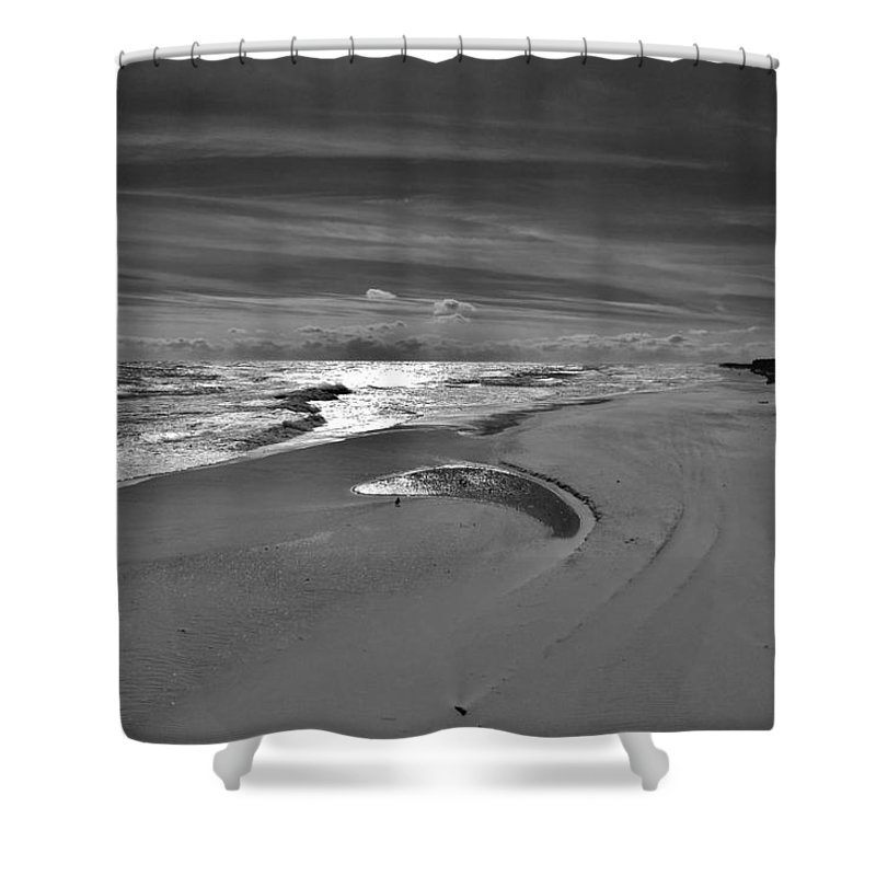 Outer Banks North Carolina Obx Ocean Beach Sand Dunes Shower Curtain featuring the photograph Wind Swept Bxw 2 11/24 by Mark Lemmon
