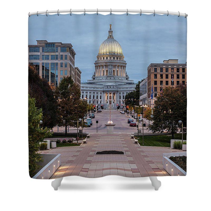 Land Vehicle Shower Curtain featuring the photograph Wisconsin State Capitol Building by Kenneth C. Zirkel