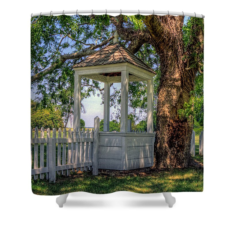 Yorktown Shower Curtain featuring the photograph Wishing Well At Yorktown by Jerry Gammon