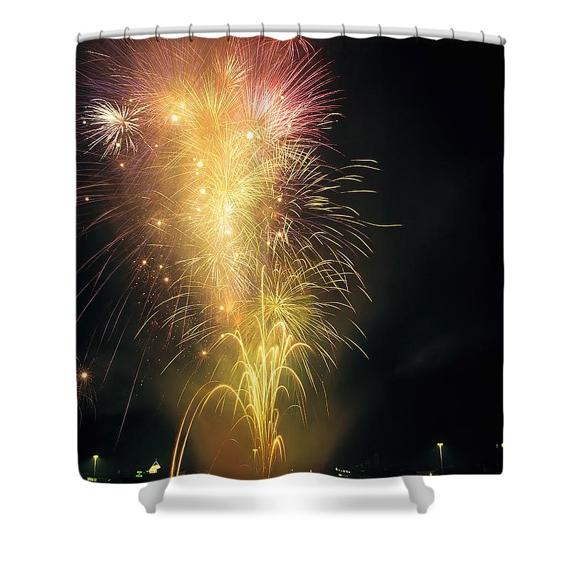 Cityscape Shower Curtain featuring the photograph Derry, Co Derry, Ireland Display Of by The Irish Image Collection