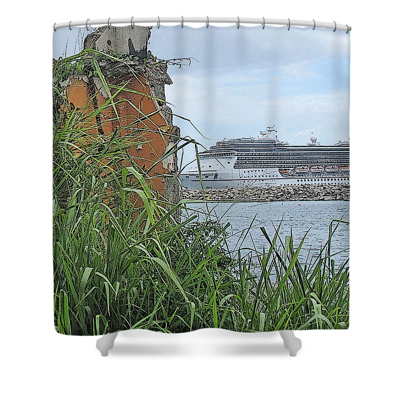 Cruise Shower Curtain featuring the photograph Thrust by Ian MacDonald