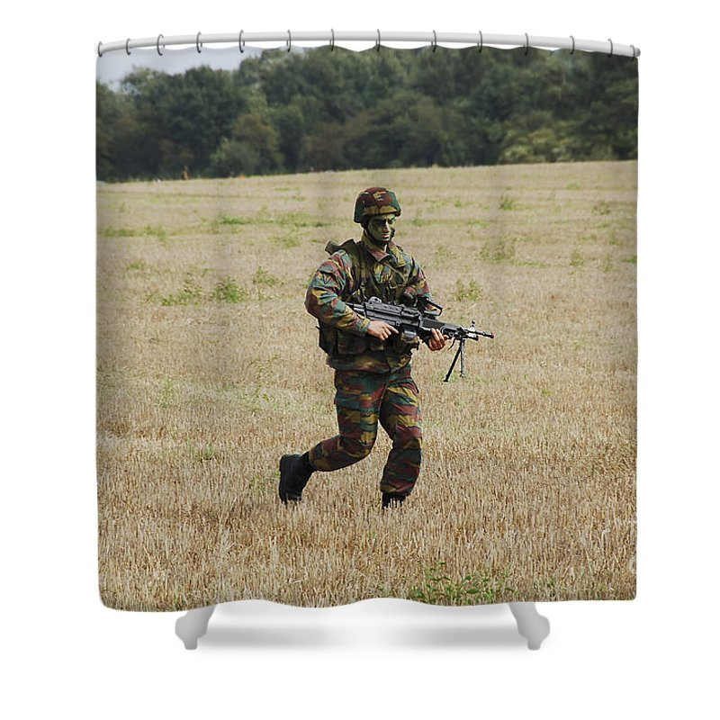 Armed Forces Shower Curtain featuring the photograph Belgian Paratroopers Proceeding by Luc De Jaeger