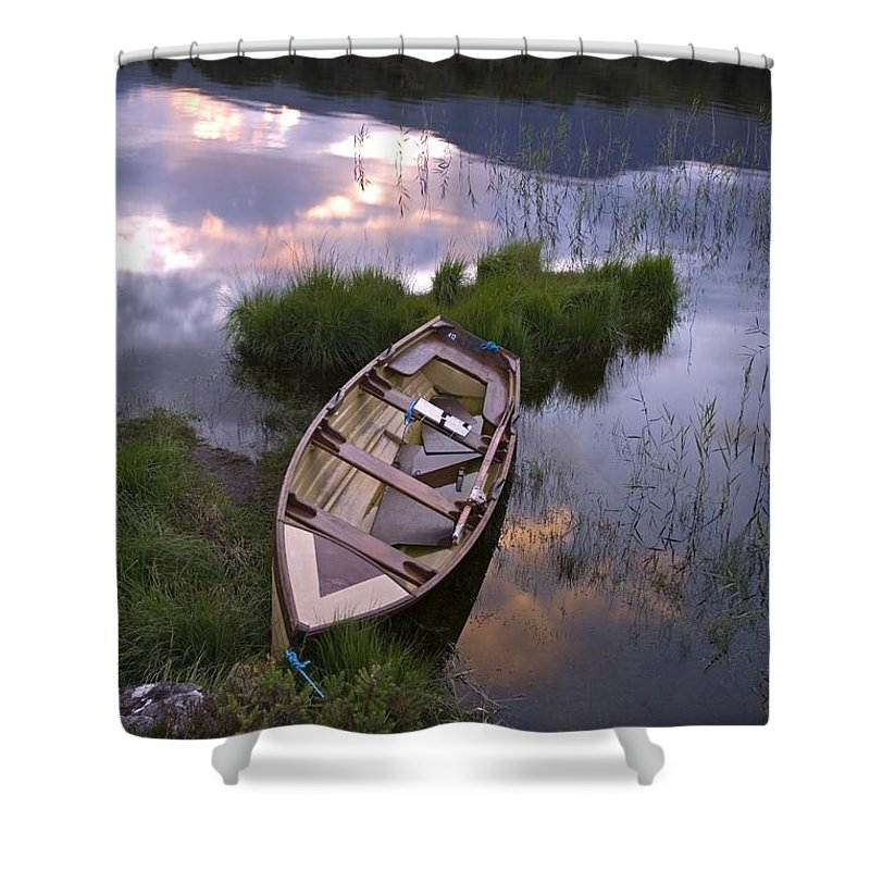 Biosphere Shower Curtain featuring the photograph Upper Lake, Killarney National Park by Richard Cummins