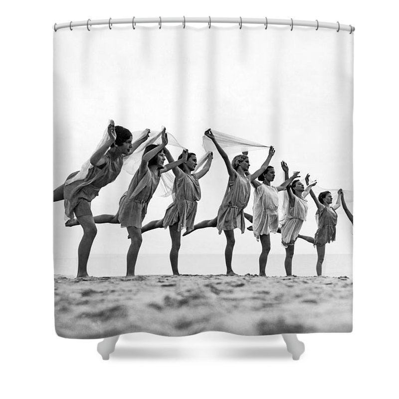 1035-11355 Shower Curtain featuring the photograph A Dance To The Morning Sun by Underwood Archives