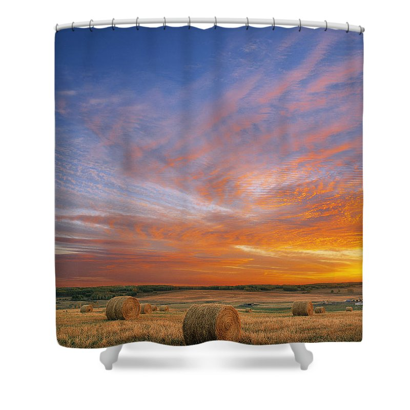 Light Shower Curtain featuring the photograph Amazing Sunset Over Pasture by Darwin Wiggett