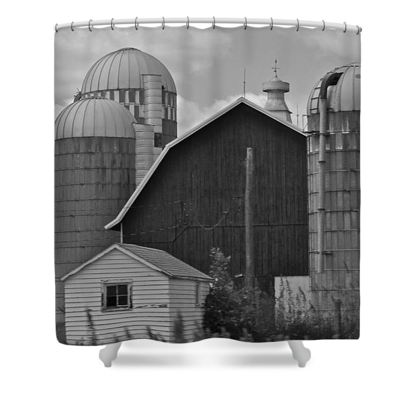 Black And White Shower Curtain featuring the photograph Barns And Silos Black And White by Pamela Walrath