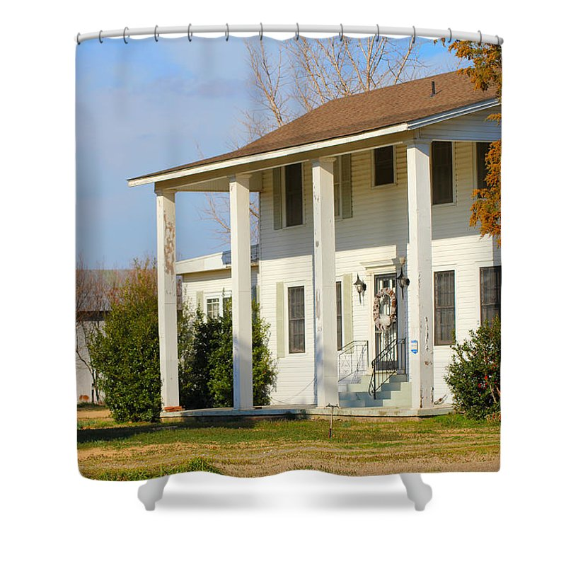 Bobo Shower Curtain featuring the photograph Boyd Lane Plantation Front by Karen Wagner
