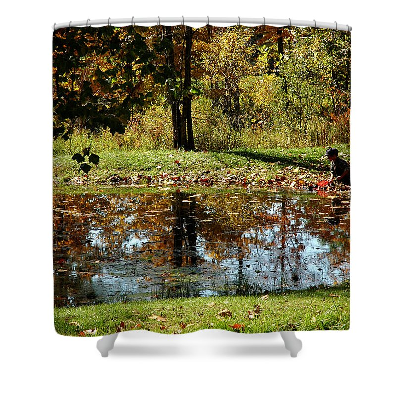 Usa Shower Curtain featuring the photograph Catching Frogs by LeeAnn McLaneGoetz McLaneGoetzStudioLLCcom