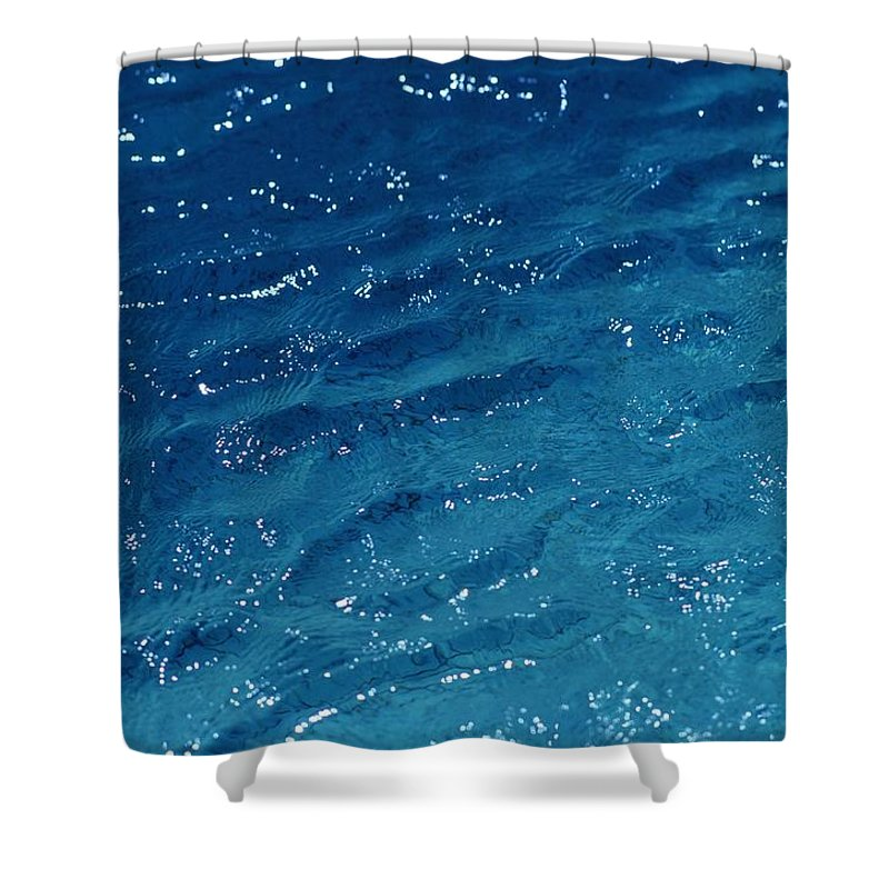 Oceans And Seas Shower Curtain featuring the photograph Close View Of The Ocean Shows by Todd Gipstein