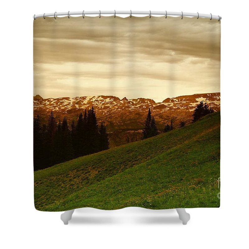 Mountains Shower Curtain featuring the photograph Clouds In The Beartooth by Jeff Swan