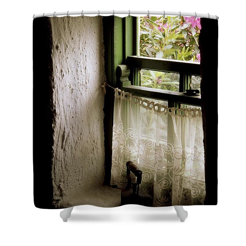 Architecture Shower Curtain featuring the photograph County Kerry, Ireland Cottage Window by Richard Cummins