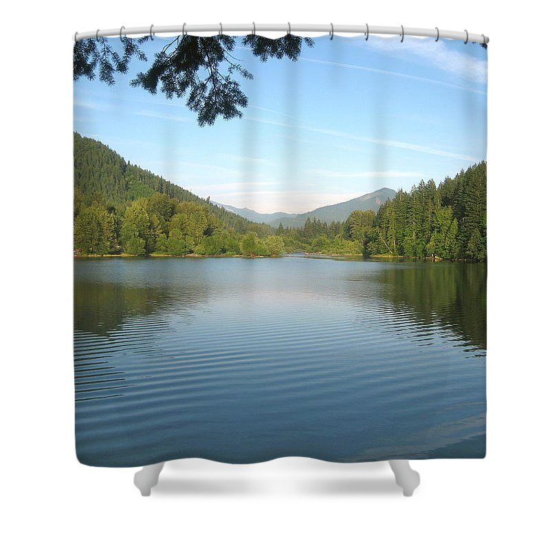 Lake Shower Curtain featuring the photograph Detroit Lake by Linda Hutchins