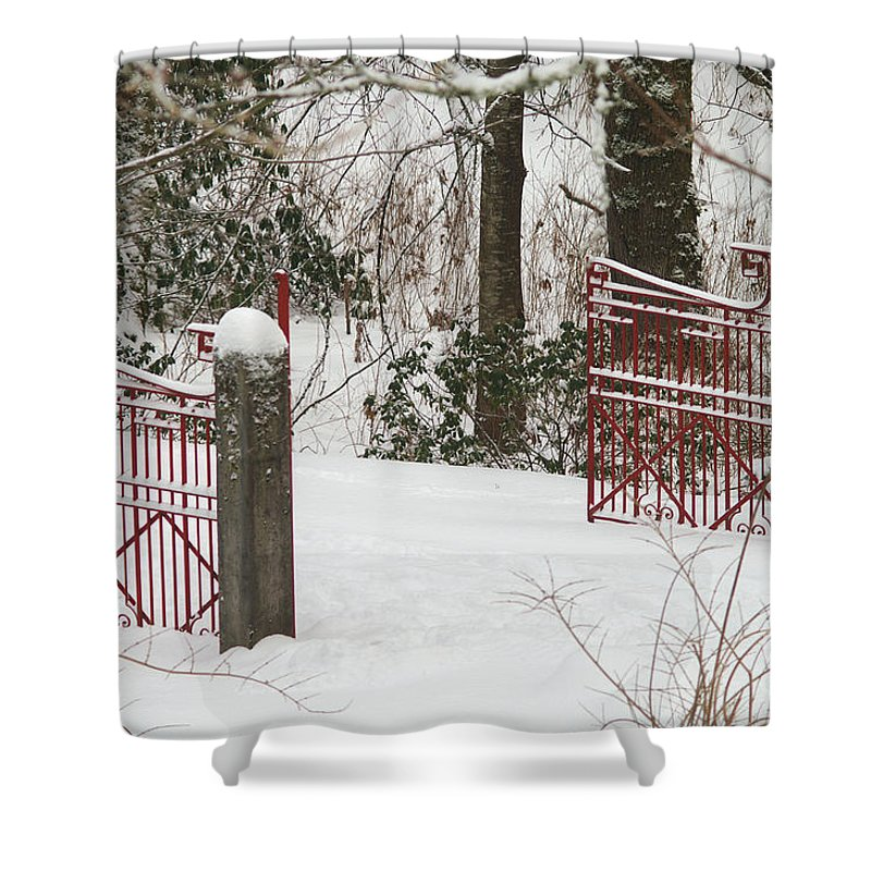 Fences Shower Curtain featuring the photograph Double Red Iron Gates by Randy Harris