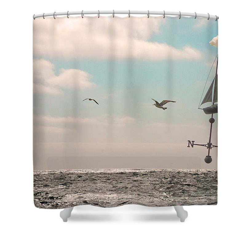 Dream Shower Curtain featuring the photograph Dreamers Journey by Kathleen Grace